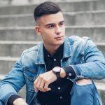 53 meilleures tenues de veste en jean pour hommes pour 2020