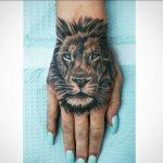 Le meilleur tatouage de lion pour vous et votre roi intérieur de la jungle!