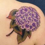 Tatouage d'hortensia: guide et photos (En images) - TattooList