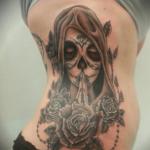 Tatouage Santa Muerte: symbole, signification et photo (En images) - TattooList