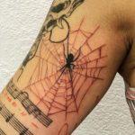 75 meilleurs tatouages d'araignée que vous aurez besoin de voir (En images) - TattooList