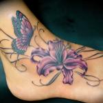 Tatouages Fleurs et Papillons : la signification et les plus belles photos (En images) - TattooList